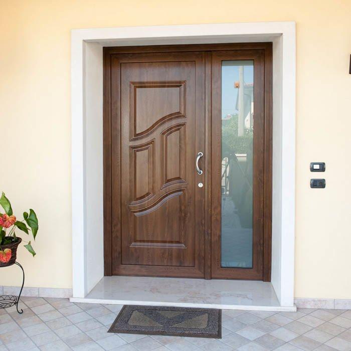 Porta ingresso in pvc calestani - Porta ingresso blindata ...