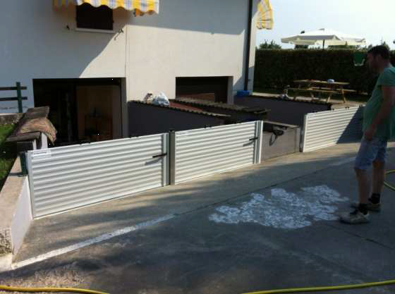 Barriera antiallagamento di grandi dimensioni for Quali sono le dimensioni di un garage per due auto