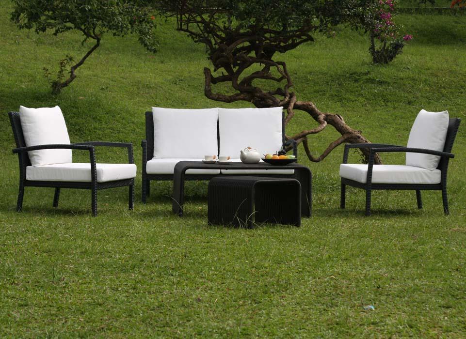 Salotto virgo calestani - Poltrone da giardino usate ...