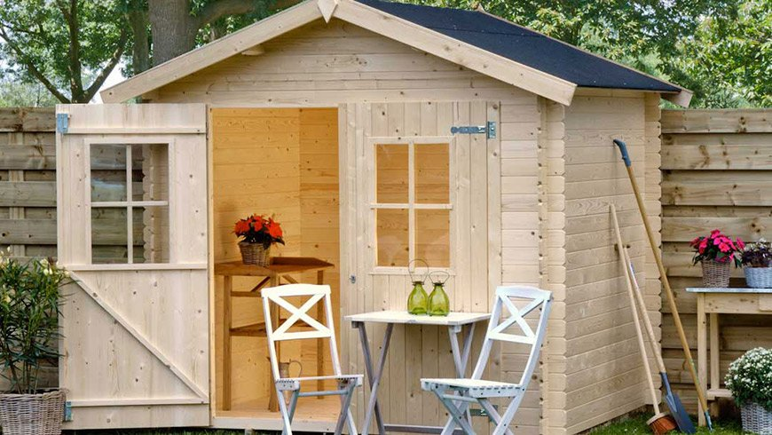 Casetta in legno per il ricovero degli attrezzi