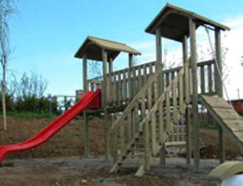 Gioco in legno per parco privato